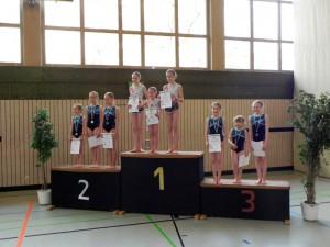 nachwuchsbestenermittlung-sportakrobatik-2015-siegerehrung-gruppen