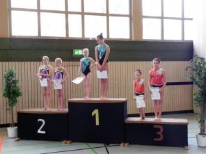 nachwuchsbestenermittlung-sportakrobatik-2015-siegerehrung-paare