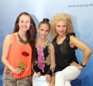 jenny-titov-mit-trainerinnen-dm-rsg-2015